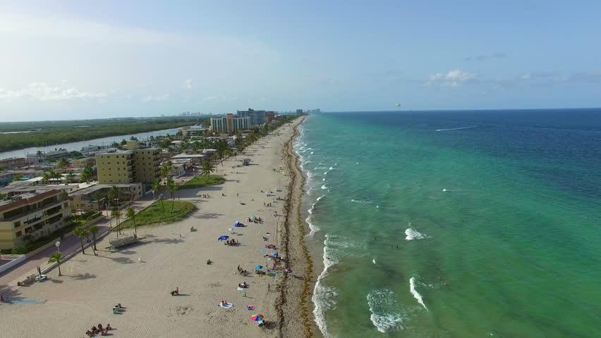 Webcam hollywood beach