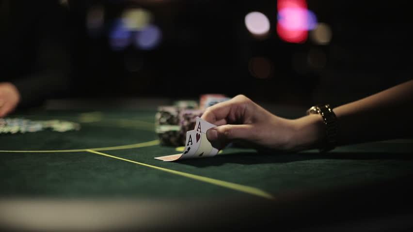 Tips Untuk Pemula Yang Bermain Poker Deposit Pulsa Online