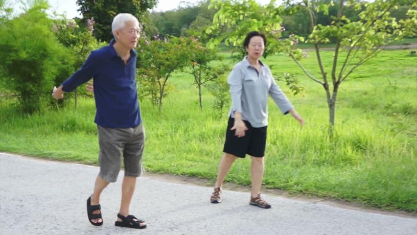 Happy Asian Senior Elder Couple Stock-video (100 % royaltyfri) 11621450    Shutterstock