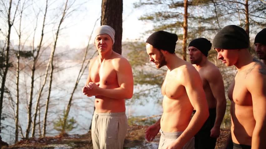 Naked Run Men