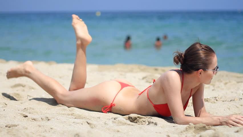 Amateur Bikini Cameltoe Non Nude Beach Glasses Thong