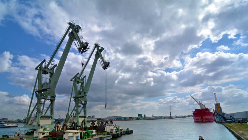 Time lapse of the port of Antwerp.