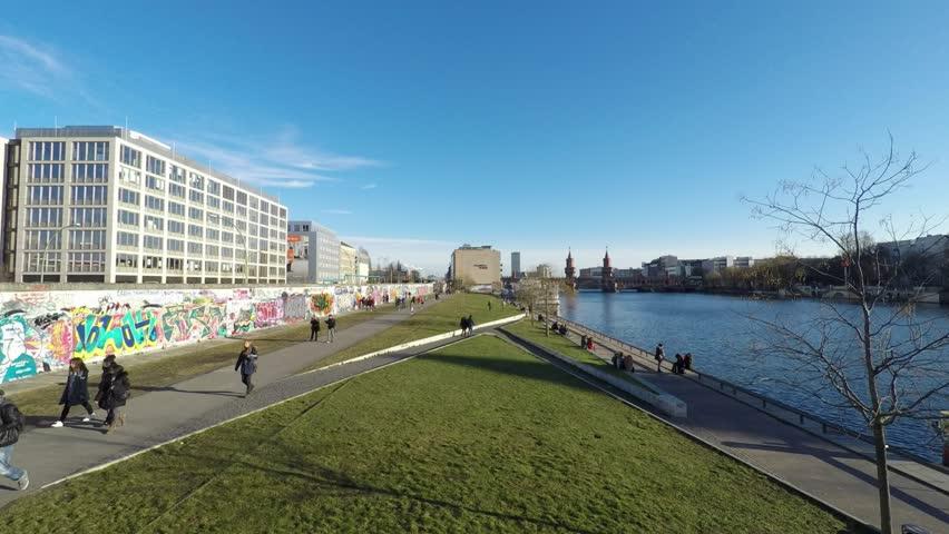 People at berlin wall, east side gallery time lapse -people walking