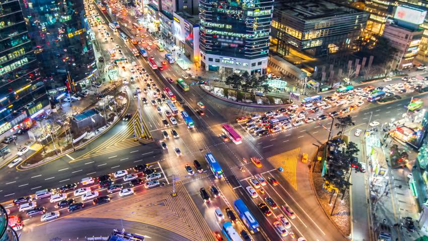 Time lapse traffic at night in Seoul, South Korea.4K