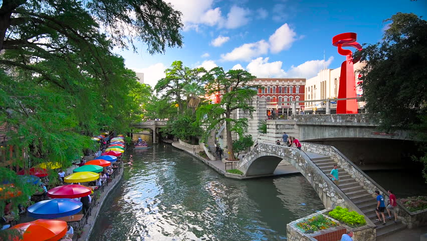SAN ANTONIO, TEXAS - MAY 17, 2016: Diners and visitors enjoy the San Antonio River Walk.