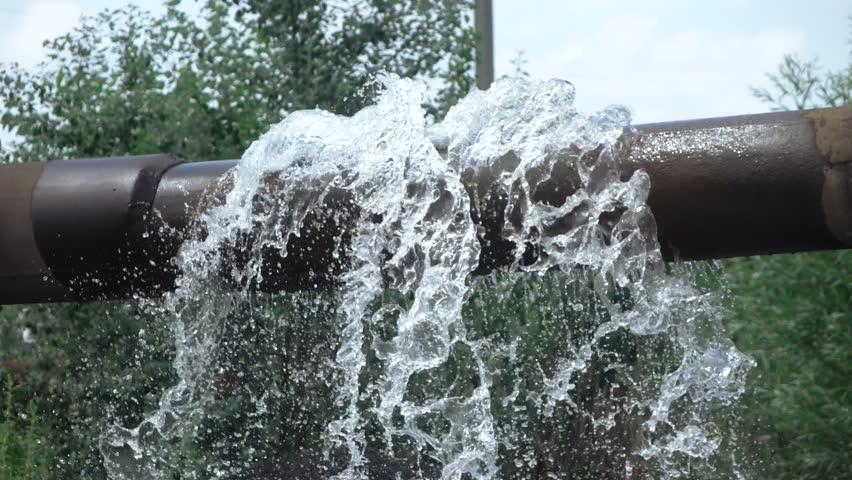 Most flowing metal pipe slag thermal power drain