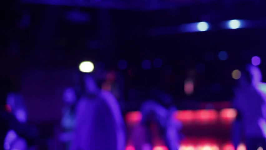Ночные клубы бесплатно видео компьютерные клубы москва круглосуточно