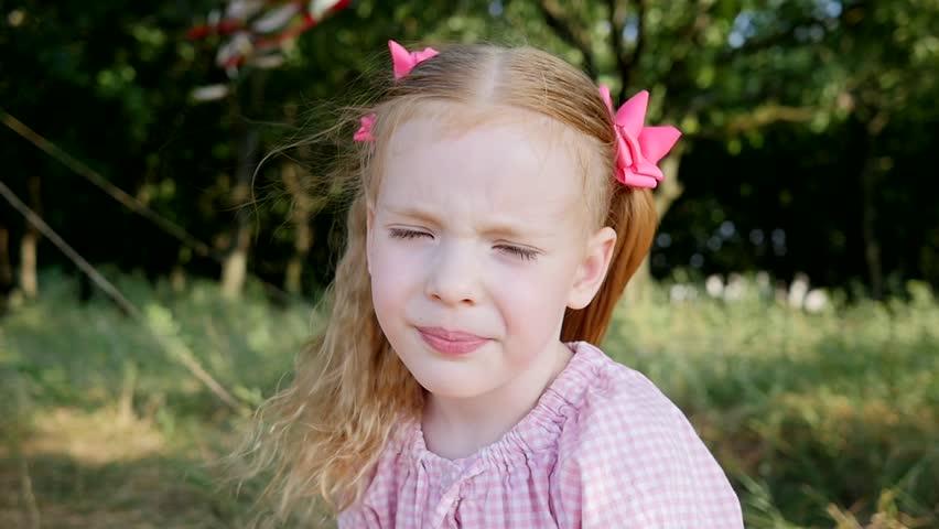 「Little Cute Child Blonde Girl」の動画素材(ロイヤリティフリー)18442183 | Shutterstock