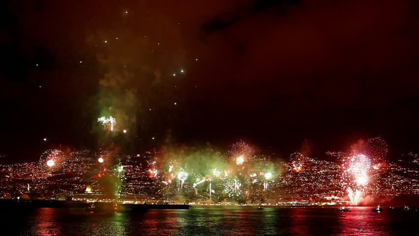 The world's largest fireworks show in Funchal Madeira Island-New Year's Eve celebration 2011 / 2012