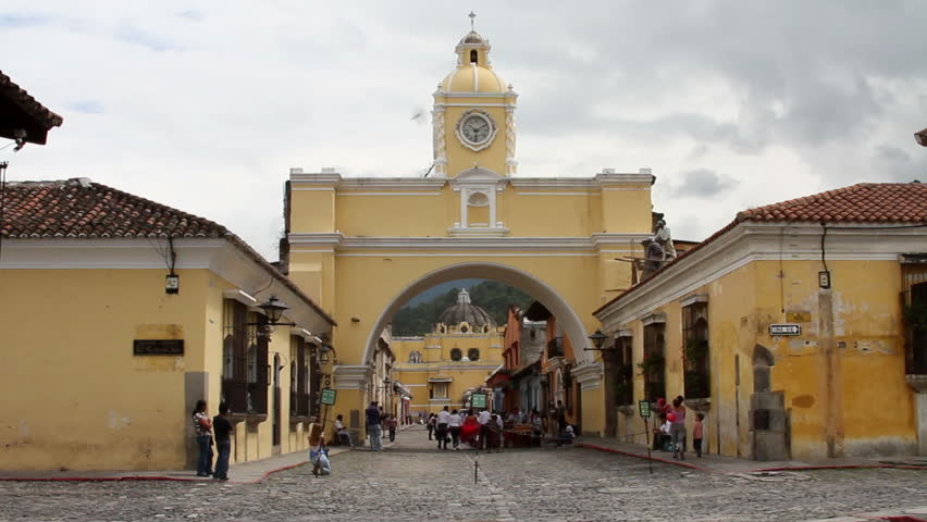 Antigua Guatemala 21 - Arch of Santa Catalina