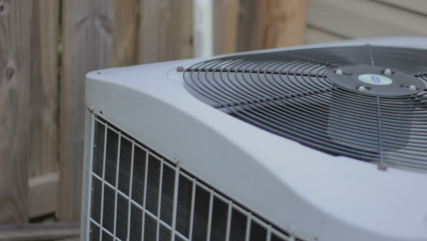 heat pump with spinning fan with tracking