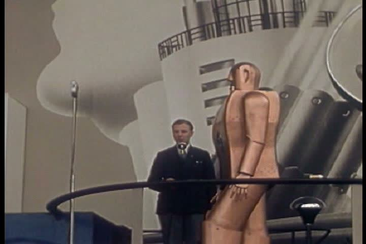 Elektro, a humanoid robot, puts on a show at the Westinghouse Building of the New York World's Fair in 1939. (1930s)
