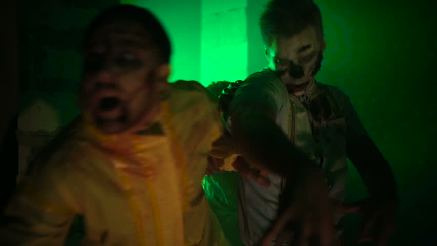 Sprint hungry zombies | Shutterstock HD Video #20539303