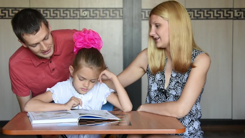 The father asked the first-grade daughter on the status of school