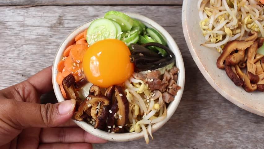 Bibimbap korean food | Shutterstock HD Video #21057331