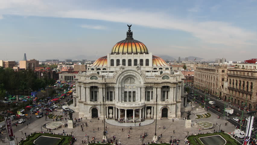 Time-lapse of the impressive bellas artes building in mexico city