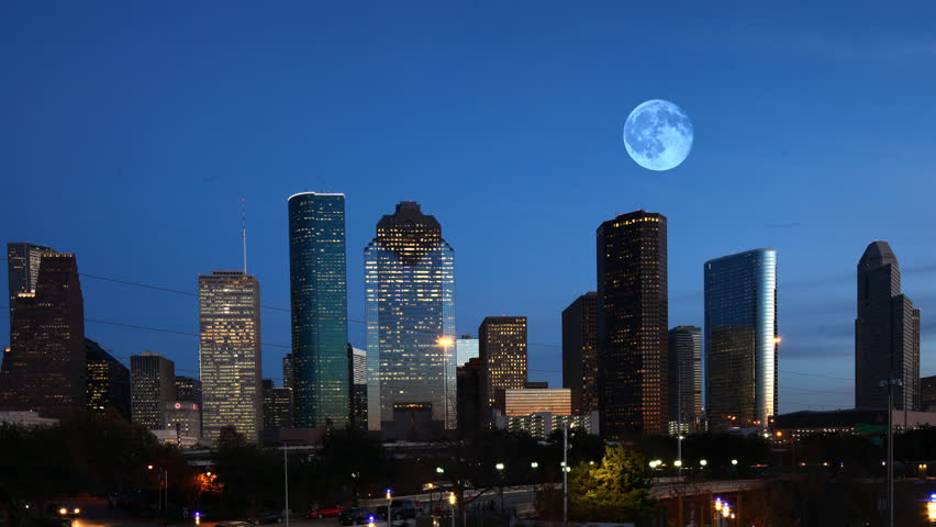 4K UltraHD Full Moon over Houston, Texas