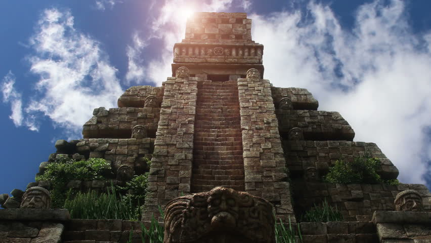 Chichen Itza - Mayan Pyramid