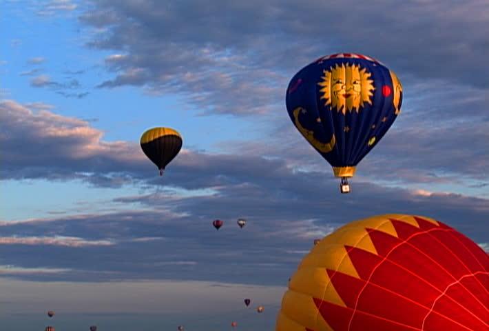 BATTLE CREEK, MICHIGAN - CIRCA 2008: Hot air balloons at the Battle Creek Balloon show   Shutterstock HD Video #2387498