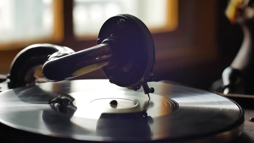 Old Gramophone, playing a record, close up Loop-able Vintage Video