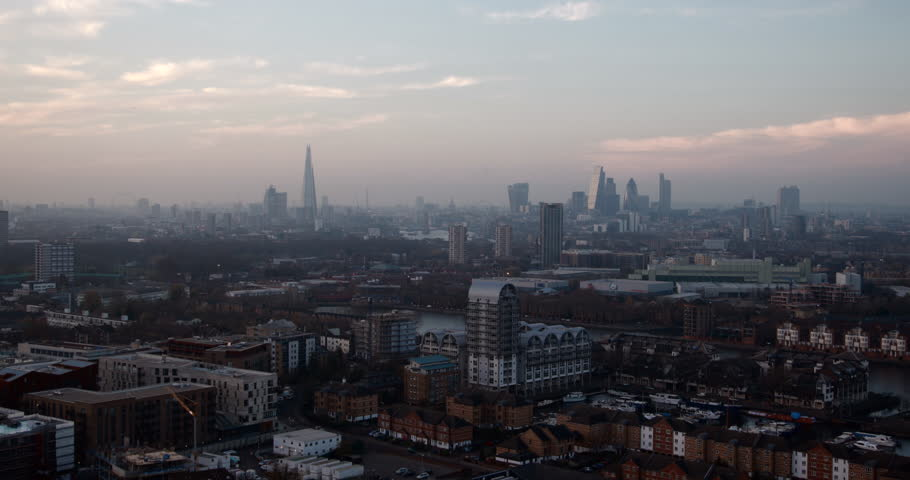 London - Aerial Video Of The Stunning London Skyline #24173023