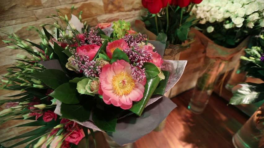 Отгрузка лучших исходных вечерних растений. Продукты и доставка цветов Одесса услуги расцвели ваши подарочные надобности в данном годку