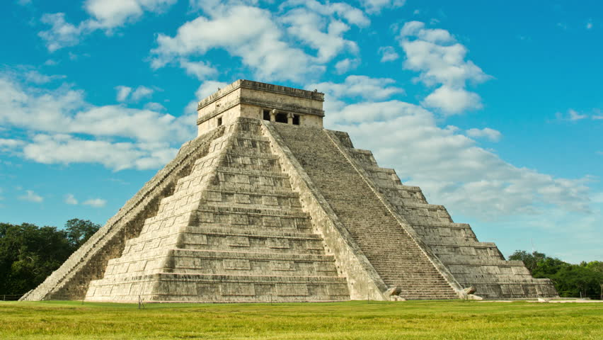 Time-lapse of the mayan ruins. Pyramid in Chichen Itza, Temple of Kukulkan. Yucatan, Mexico