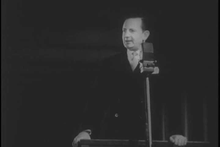 1950s: Professor Bernard Heinz introduces the various instruments of his orchestra in the 1950s.