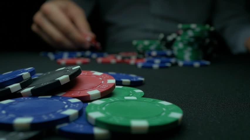 Tips Bermain Poker Online Yang Benar