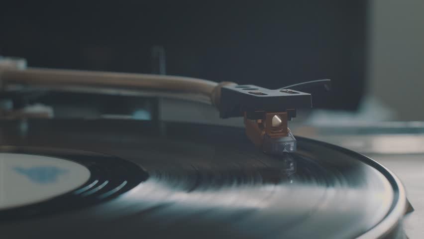 Cinemagraph Loop Vinyl Turntable Record Player