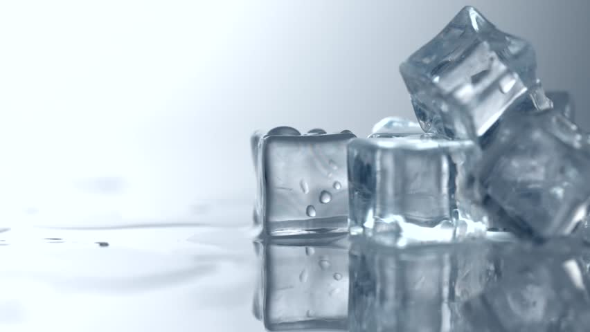 milf-ice-cubes-an-oral-sex-size