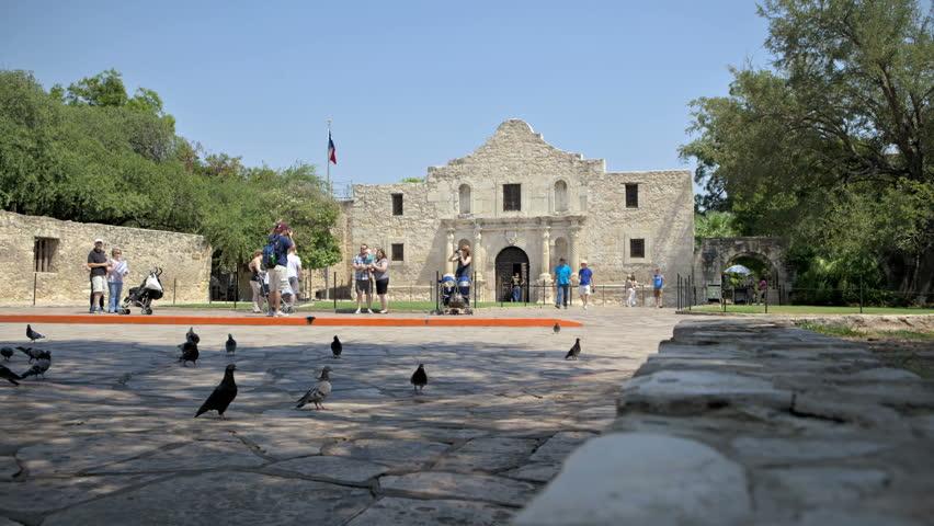 SAN ANTONIO, TEXAS, USA, SEP 07, 2011: Time lapse People at the main entrance to the Alamo in San Antonio, Texas