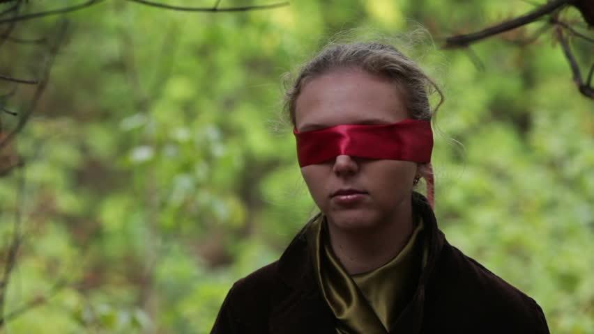 Header of blindfold