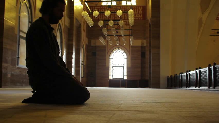 muslim man worship in mosque