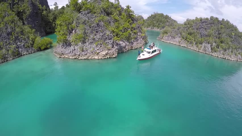 Beautiful rock island, unique atoll and pristine coral reef | Shutterstock HD Video #29470168