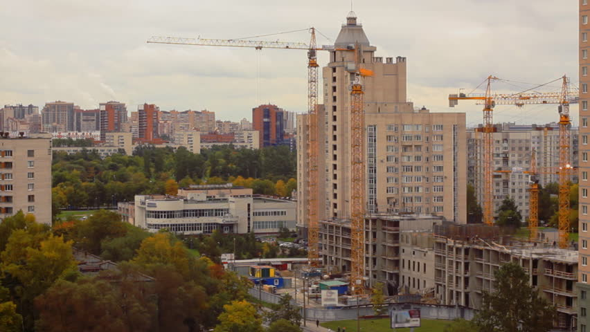 Residential house construction with moving cranes timelapse | Shutterstock HD Video #31387030