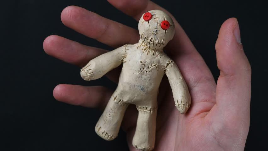Кукла вуду своими руками в домашних 25