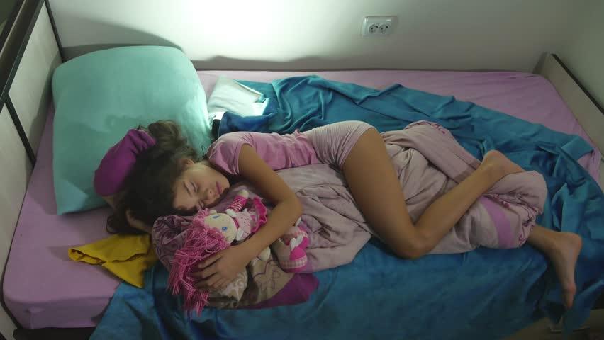 Видео Маленьких Спящих Голых Девочек
