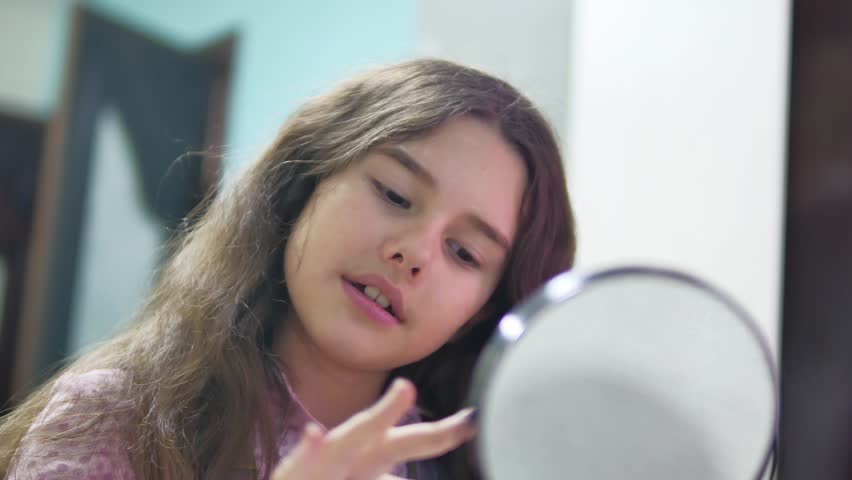 Hidden Camera Young Girl