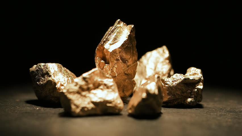 Mound of gold with a big gold nugget, footage | Shutterstock HD Video #33865255