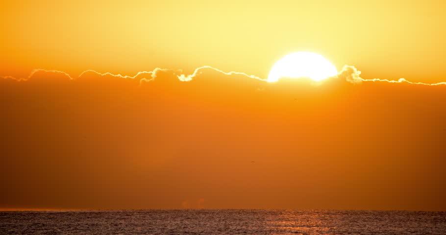 Impressive sunrise over the ocean