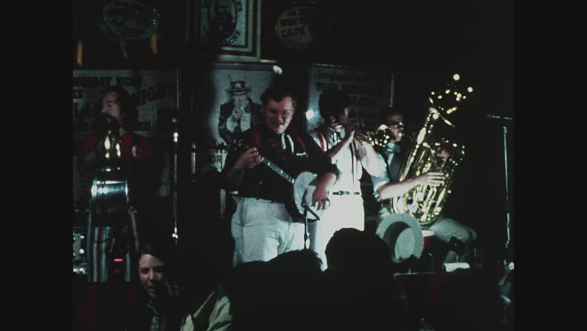 NEW YORK, 1971, Ragtime band at Your Father's Mustache in Greenwich Village, banjo player, tuba, trumpet player