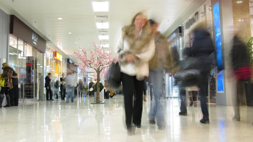 people in shopping corridor, time lapse