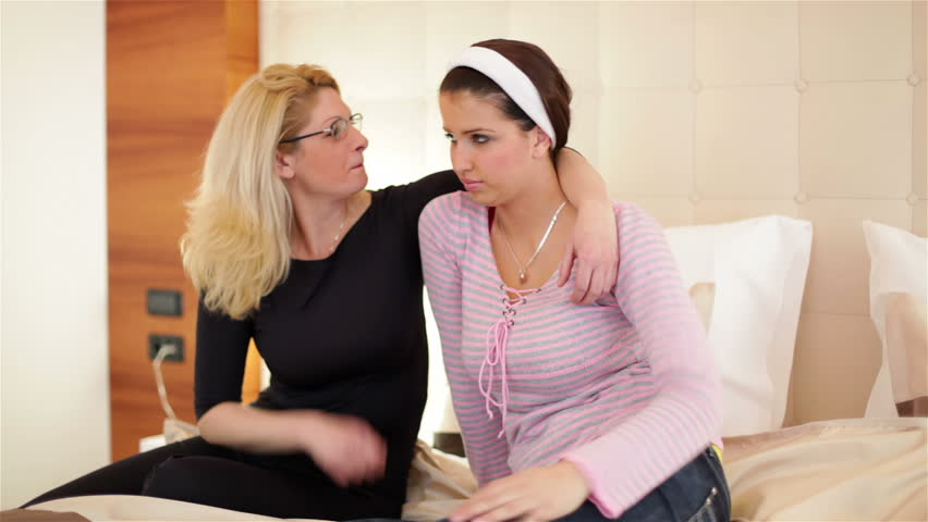 Class to help teen mothers