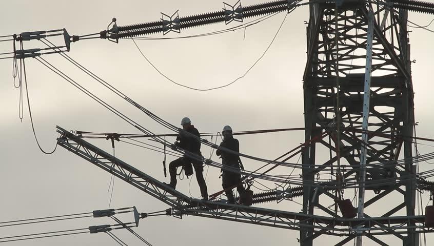 Building a power line