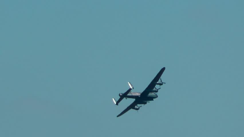 Lancaster Bomber - World War 2 War Plane