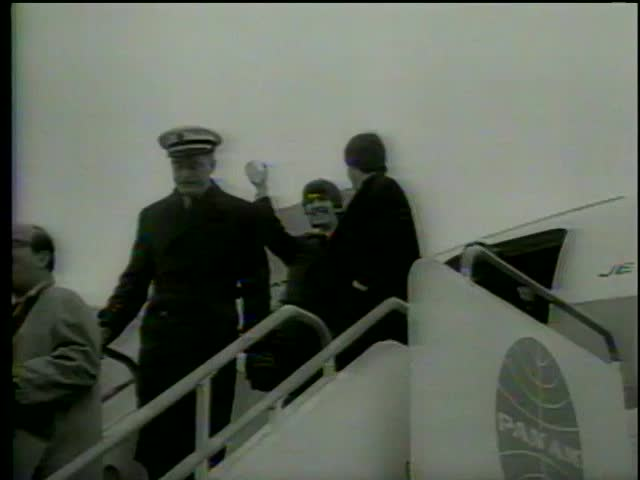 British rock'n'roll band the Beatles returns from their US tour, Heathrow Airport, London circa 1964-MGM PICTURES, UNIVERSAL-INTERNATIONAL NEWSREEL, USA, filmed in 1964
