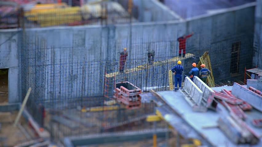 The work of builders. Tilt shift. Time lapse