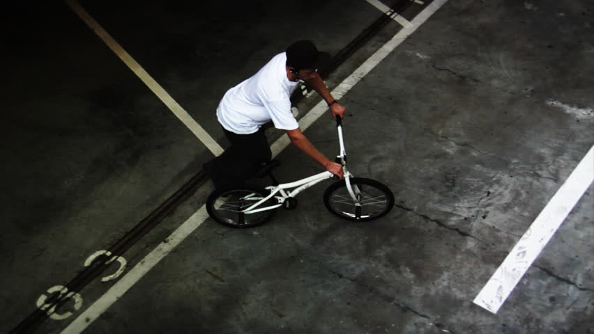 BMX: Spinning Top Shot