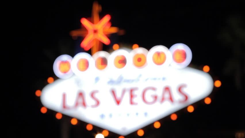 Las Vegas Sign, Focussing, Focussing onto the Las Vegas Sign at night. It´s made in September 2010, filmed with a Canon EOS 7D.